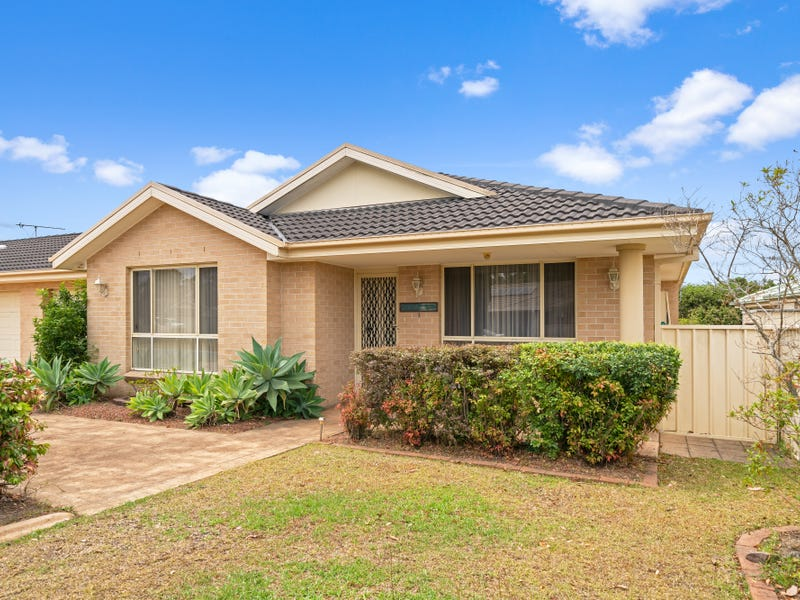 1/20 Freesia Crescent, Bomaderry, NSW 2541