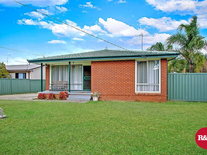 32 Discovery Avenue, Willmot, NSW 2770