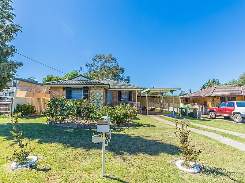 8 Fisher Road, Tamworth, NSW 2340