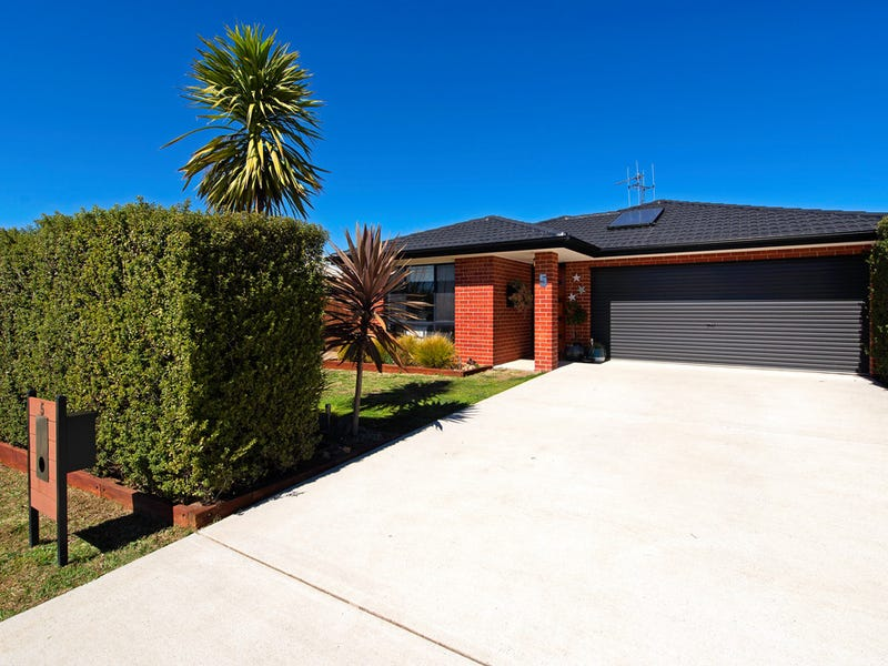 5 John James Loop, MacGregor, ACT 2615