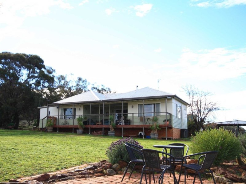 612 Old Mill Road, Eumungerie, NSW 2822