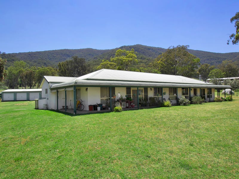681 Duncans Creek Road, Woolomin, NSW 2340