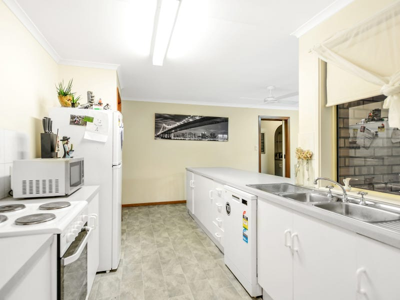 27 Marlin Terrace, Encounter Bay, SA 5211
