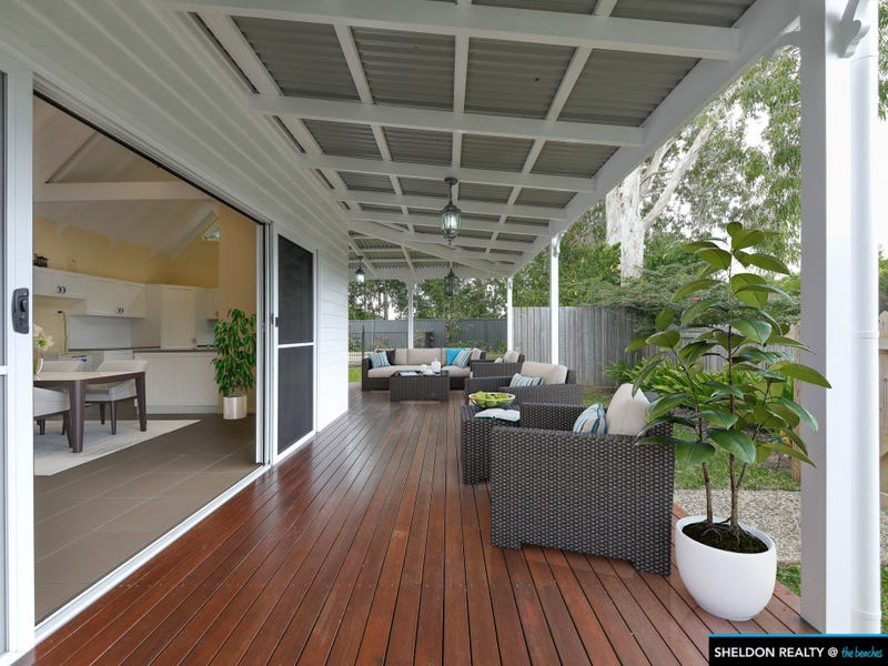 24 SAINT CRISPIN STREET, Clifton Beach, Qld 4879