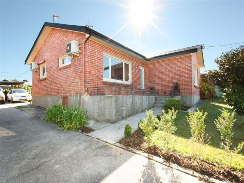 17 Parua Road, Newnham, Tas 7248