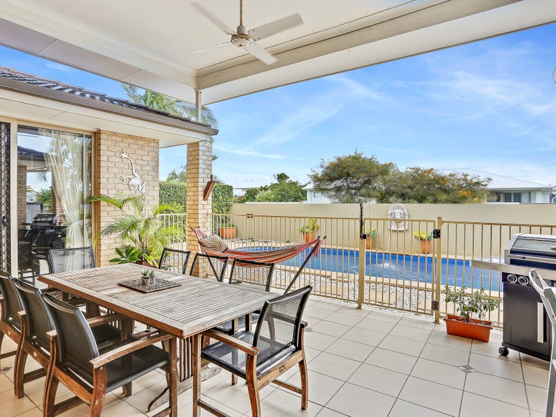 1 Rutherford Place, Pelican Waters, Qld 4551