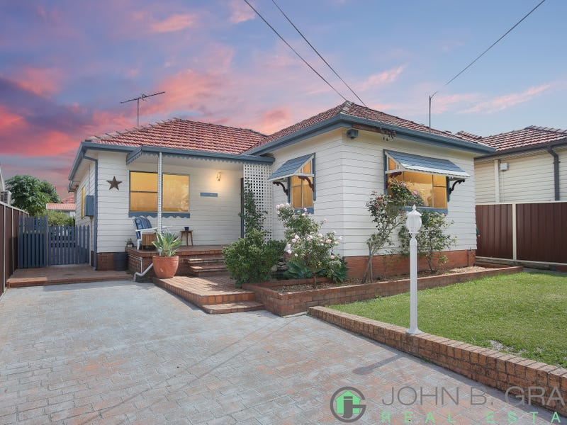 4 Arcadia Road, Chester Hill, NSW 2162