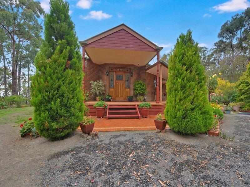 80 Brewsters Road, Yinnar South, Vic 3869