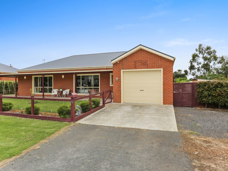 19 Polo Hill Road, Mortlake, Vic 3272