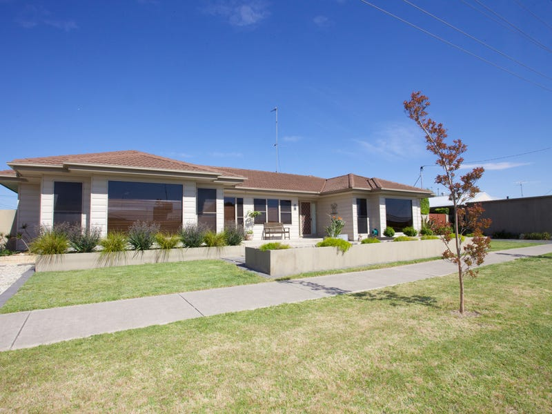24 Landy Street, Horsham, Vic 3400
