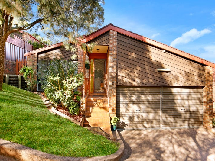 2/28 Robertson Street, Coniston, NSW 2500