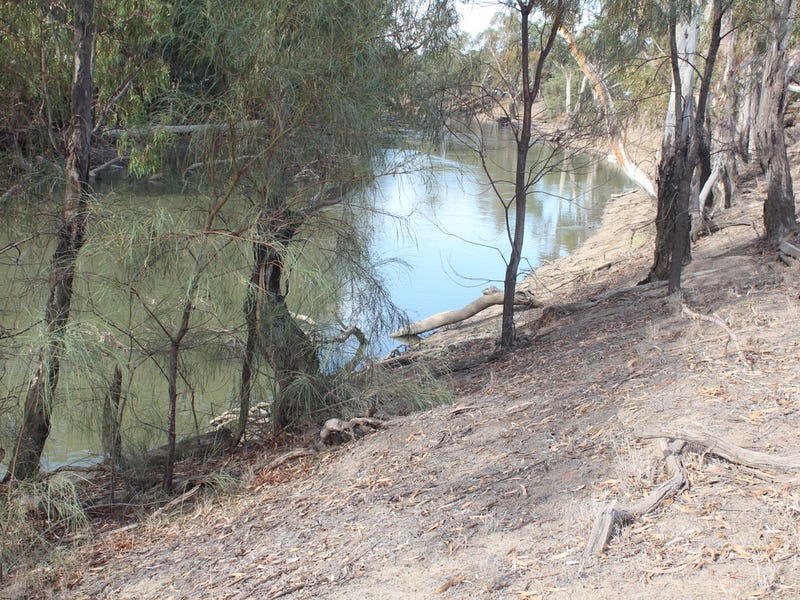 6523 Swan Hill Road, Moulamein, NSW 2733