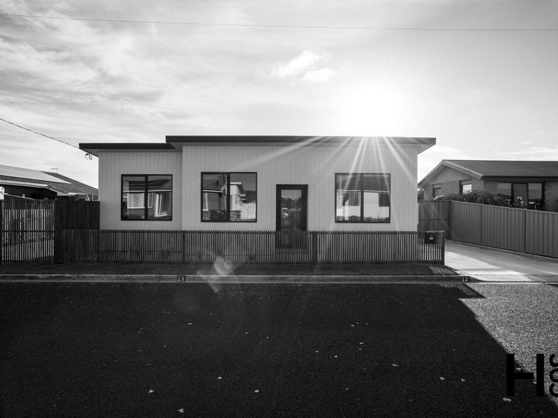 13 Whitelaw Street, Ulverstone, Tas 7315