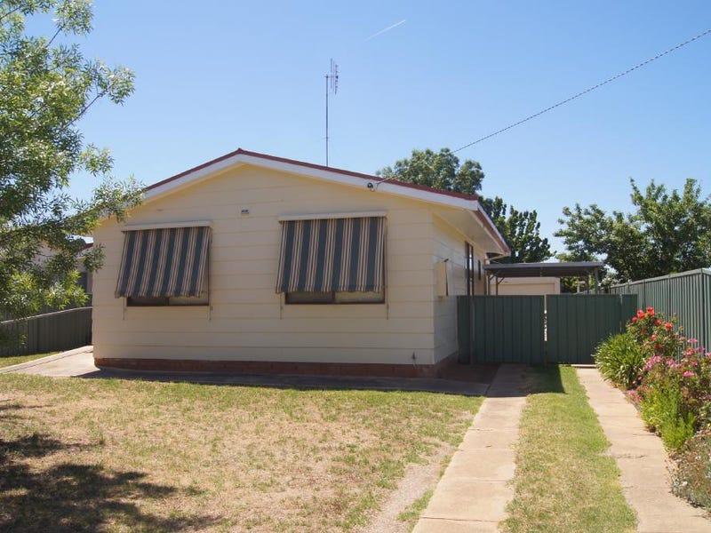 43 Walter Street, Finley, NSW 2713