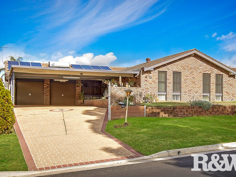 24 Ovens Drive, Werrington County, NSW 2747