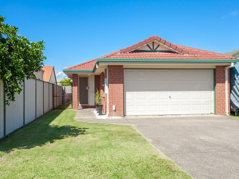 13 Walter Street, Redcliffe, Qld 4020