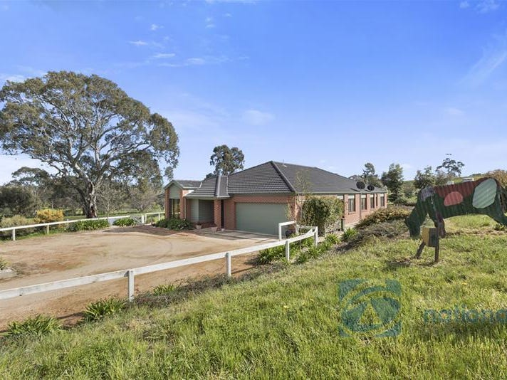 25 Browns Lane, Pyalong, Vic 3521