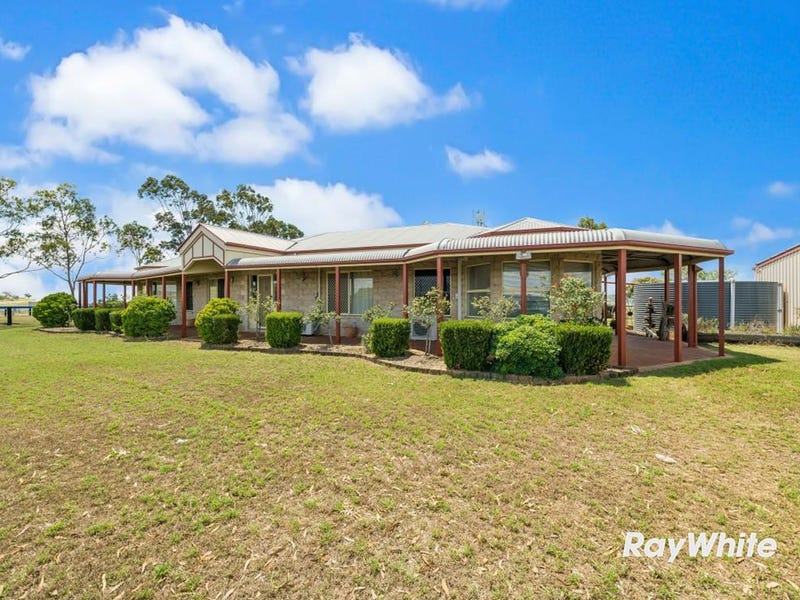 1077 Warrego Highway, Charlton