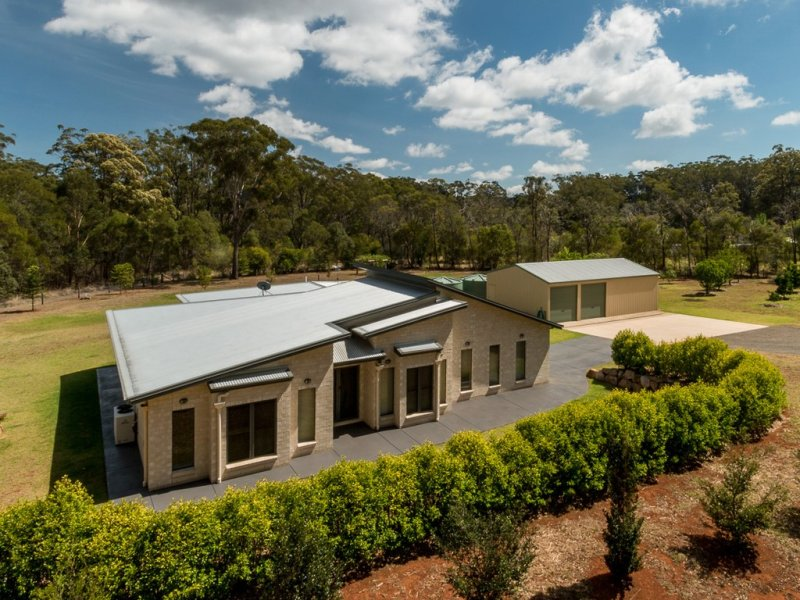 8678 New England Highway, Hampton, Qld 4352