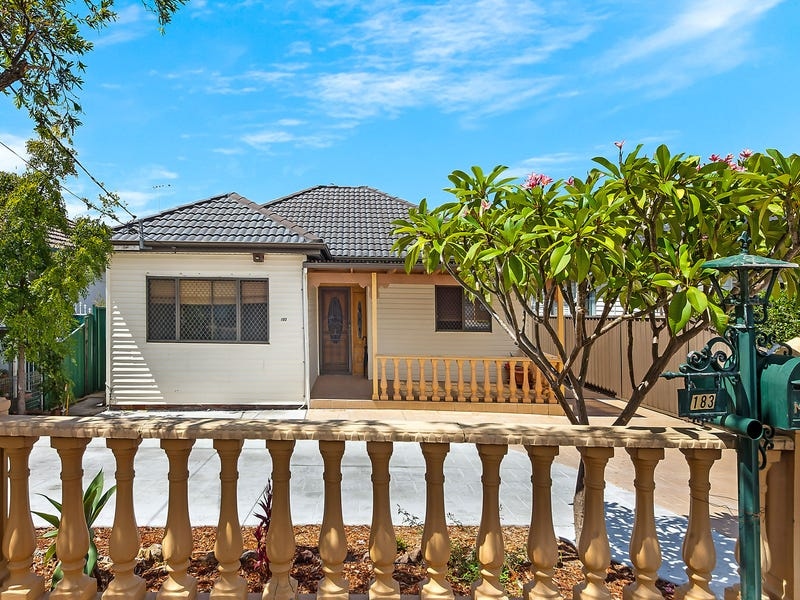 183 Noble Avenue, Greenacre, NSW 2190