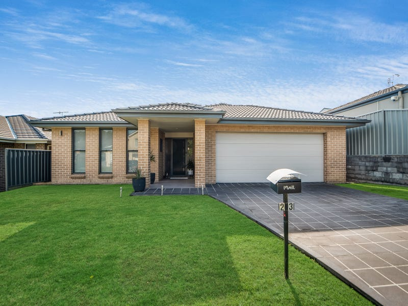 23 Tuckeroo Circuit, Adamstown, NSW 2289