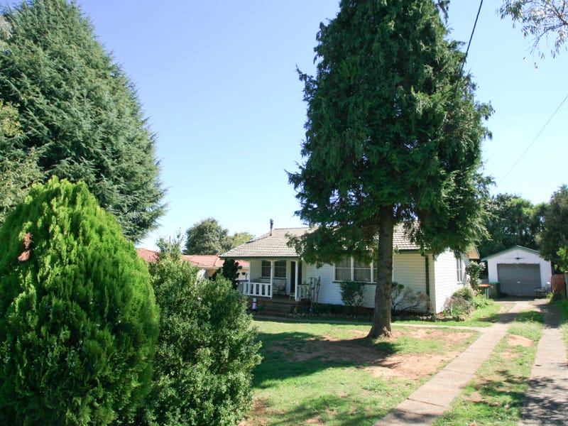 17 BUNDARRA CRESCENT, Orange, NSW 2800