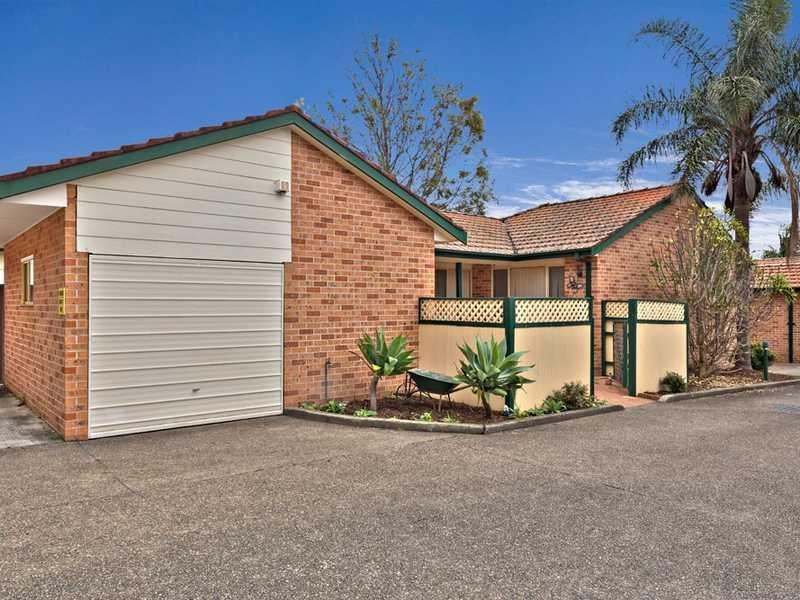 7/77 Boronia Road, Greenacre, NSW 2190