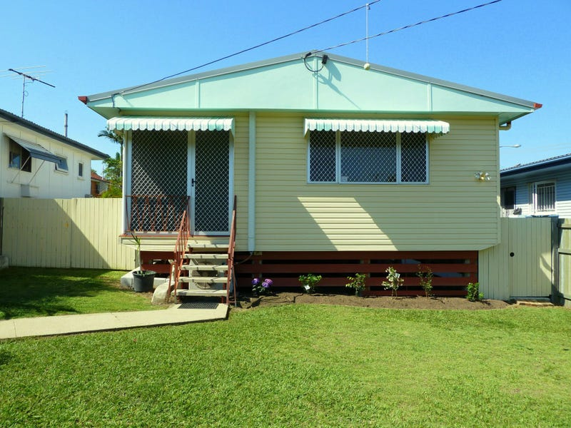 61 Griffith Road, Scarborough, Qld 4020