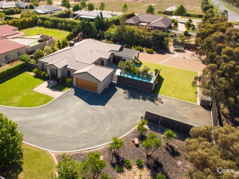 19 Rivergums Drive, Moama, NSW 2731