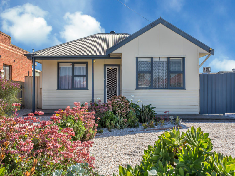 8 Third Avenue, Wingfield, SA 5013