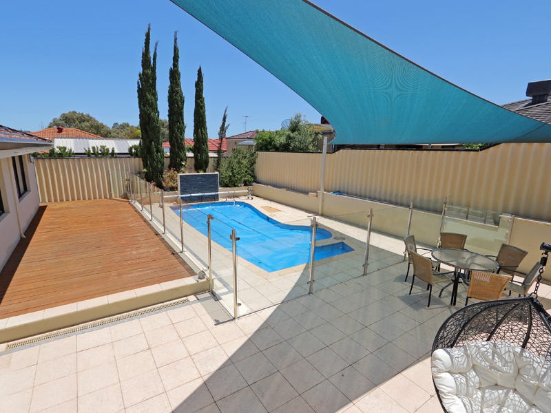 3 Brenzi Court, Spearwood, WA 6163