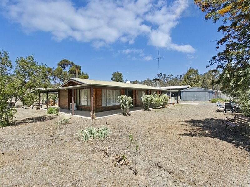 1050 Huntly-Fosterville Road, Fosterville, Vic 3557