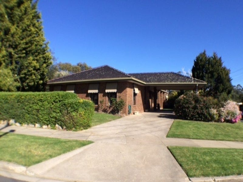 35 Webb Avenue, Seymour, Vic 3660