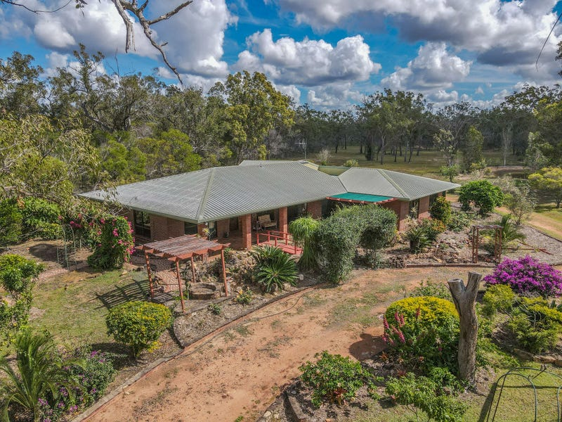 7 Ranch Park Drive, Pacific Haven, Qld 4659