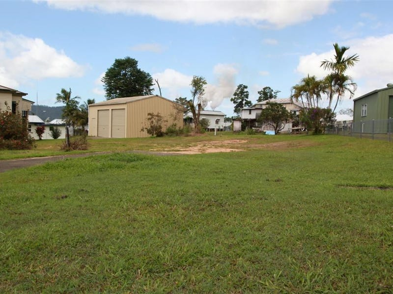 5 Edward Street, Tully, Qld 4854
