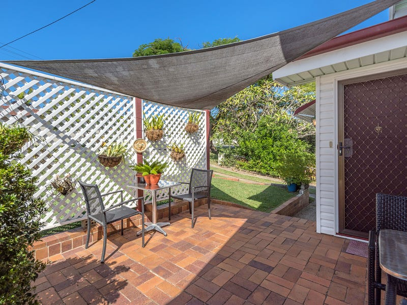 54 Castor Road, Wavell Heights, Qld 4012