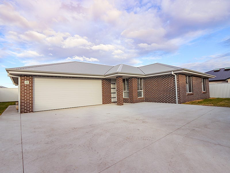 4 Austin Place, Eglinton, NSW 2795