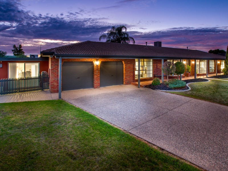 411 Tumgarra Place, Lavington, NSW 2641