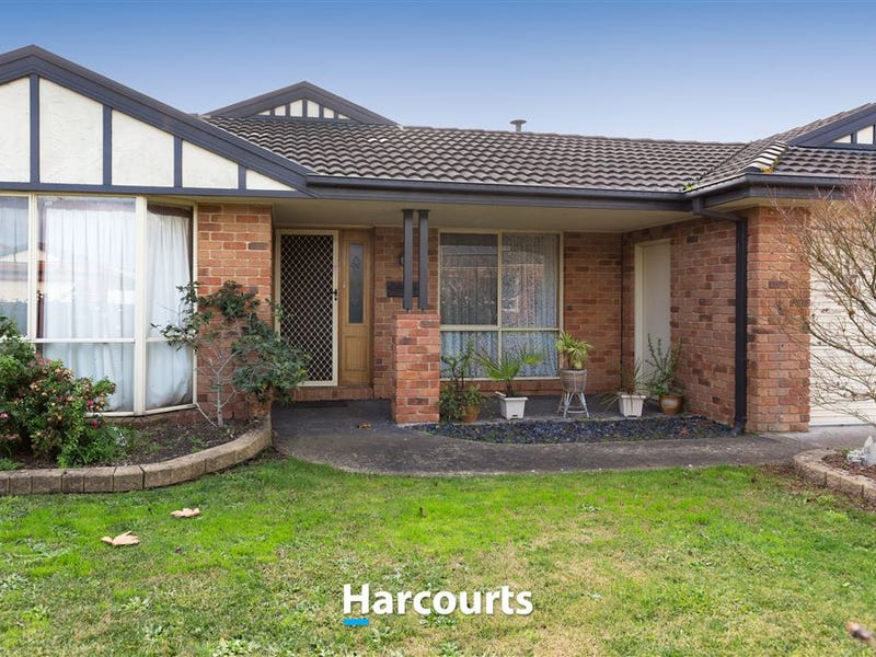 4 Chatsworth Court, Beaconsfield, Vic 3807
