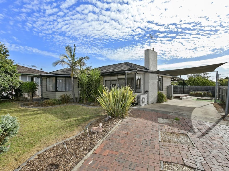10 Andrew Street, Newcomb, Vic 3219