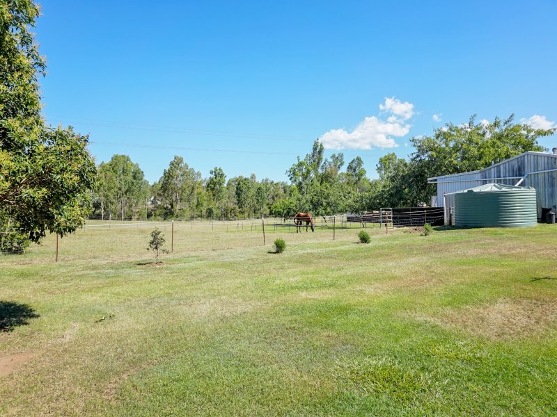 84 Murphys Creek Road, Postmans Ridge, Qld 4352