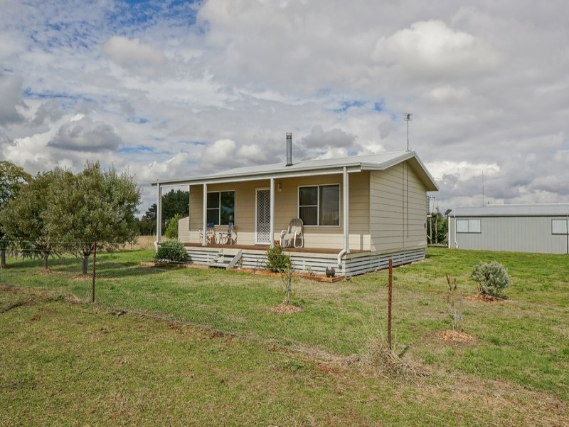737 Forest Reefs Road, Forest Reefs, NSW 2798