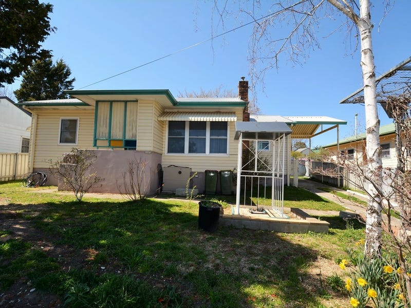 13 Thompson Street, Lithgow, NSW 2790