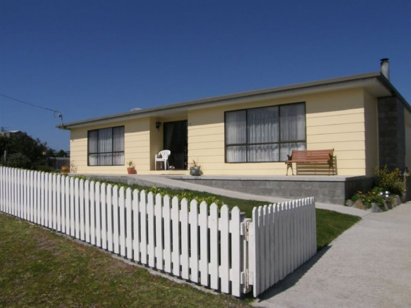 14 Swan Street, Musselroe Bay, Tas 7264