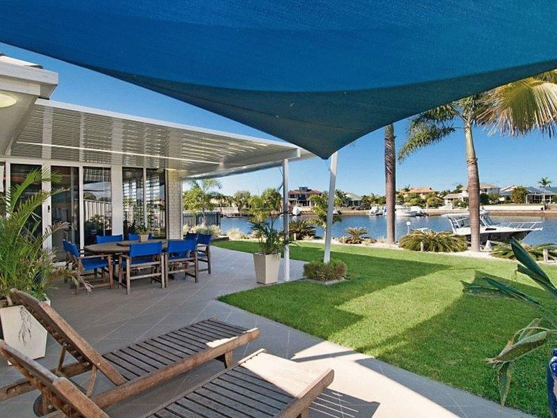 15 Tasman Court, Banksia Beach, Qld 4507