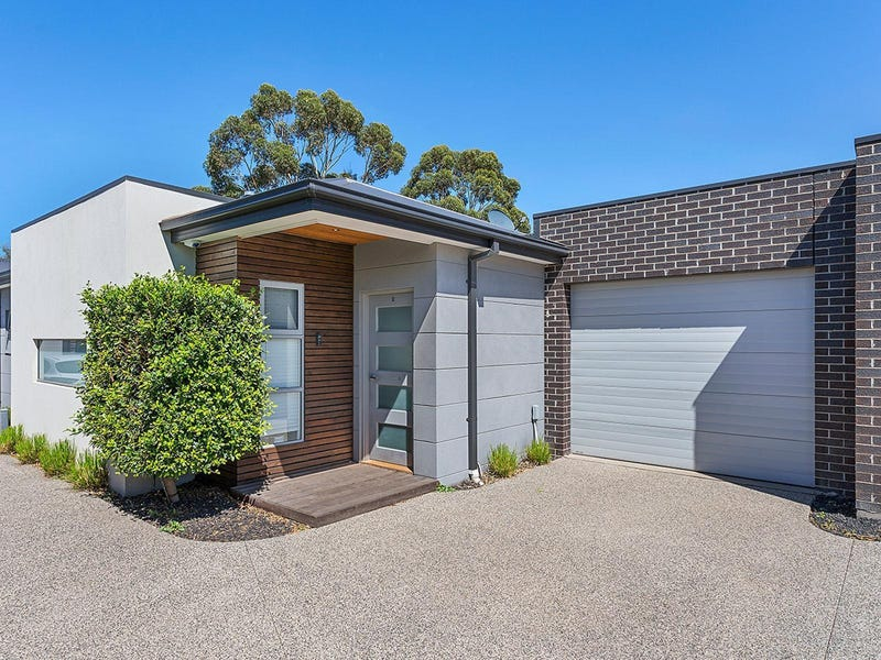 2/27 Cypress Avenue, Brooklyn, Vic 3012