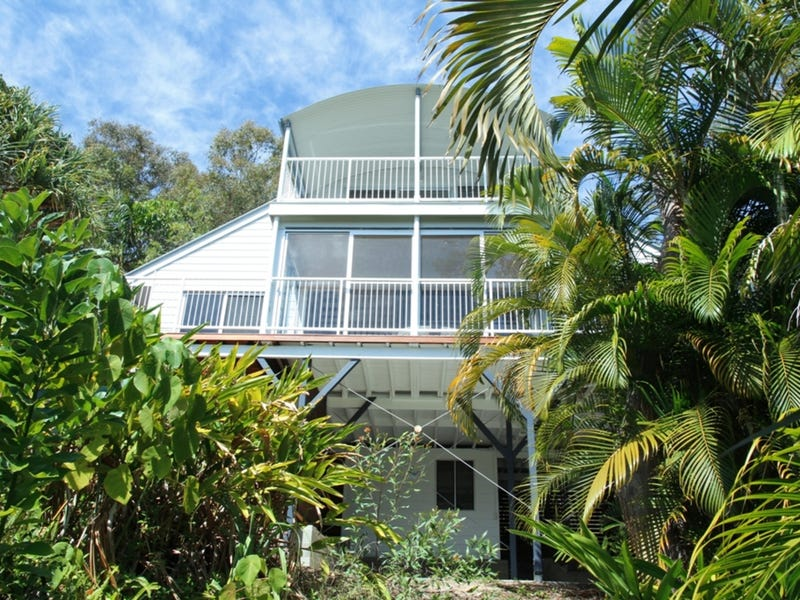3 Donahue Street, Point Lookout, Qld 4183
