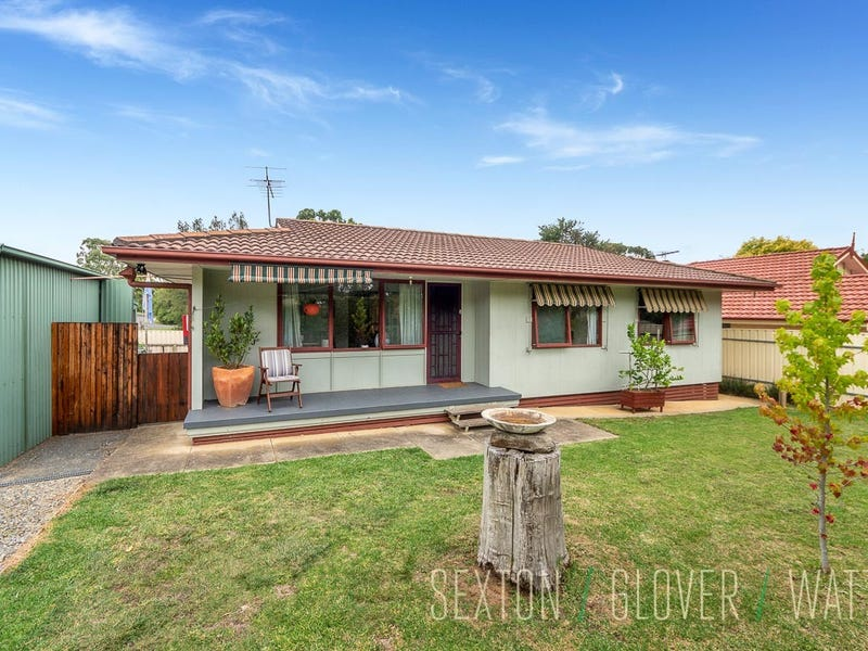13 Murray Avenue, Mount Barker, SA 5251