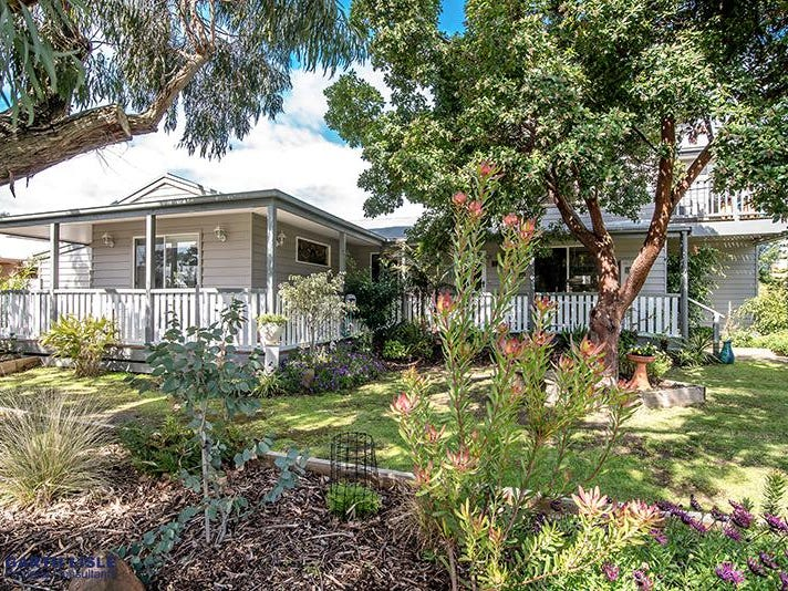 12 Malcliff Road, Newhaven, Vic 3925