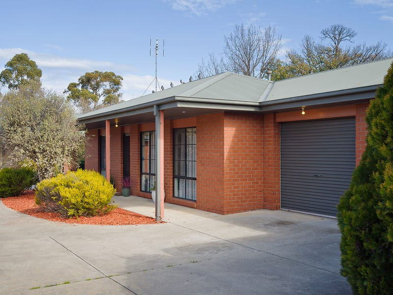 2/82 Forest Street, Castlemaine, Vic 3450